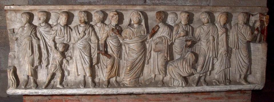 Cathédrale de Clermont ; sarcophage vue générale