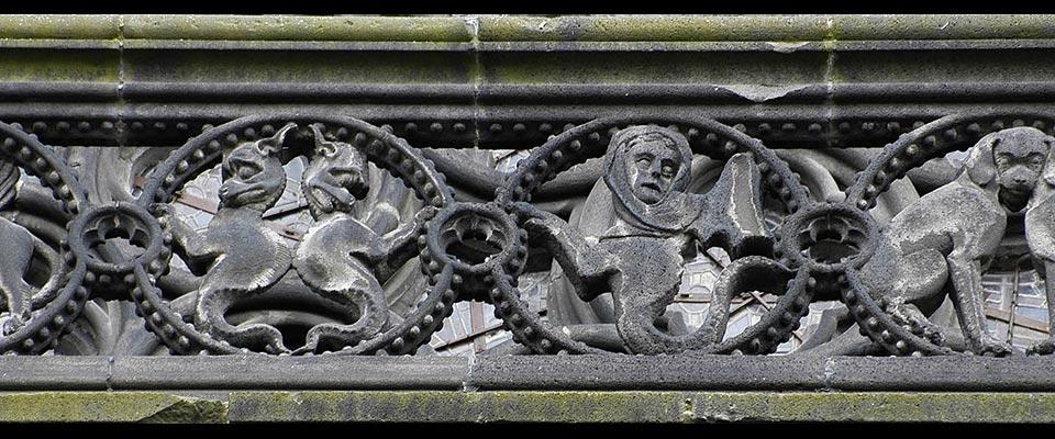cathedrale de Clermont ; animaux